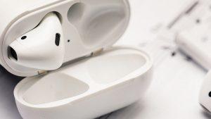 هدفون بی سیم اپل مدل AirPods سری 2