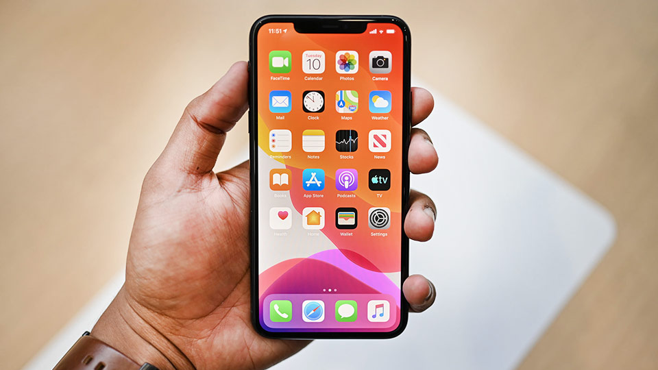 گوشی iPhone 11 Pro باغ کالا صفحه نمایش