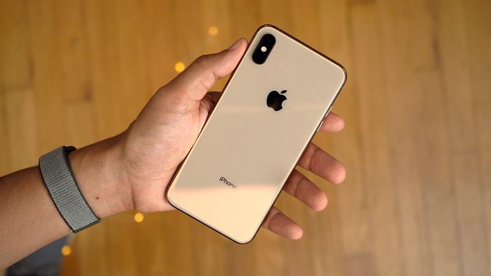 گوشی iPhone X طراحی