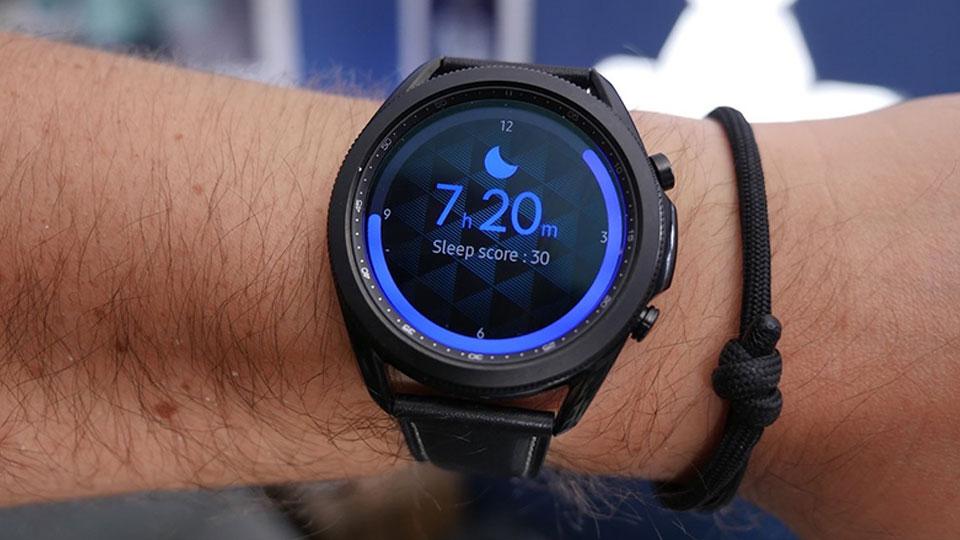 پایش خواب ساعت هوشمند سامسونگ مدل Galaxy Watch3 41mm